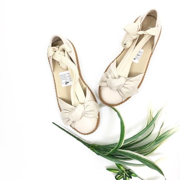 e8194365b36 Puma Fenty Rihanna Bow Creeper Sandals 9 Oatmeal